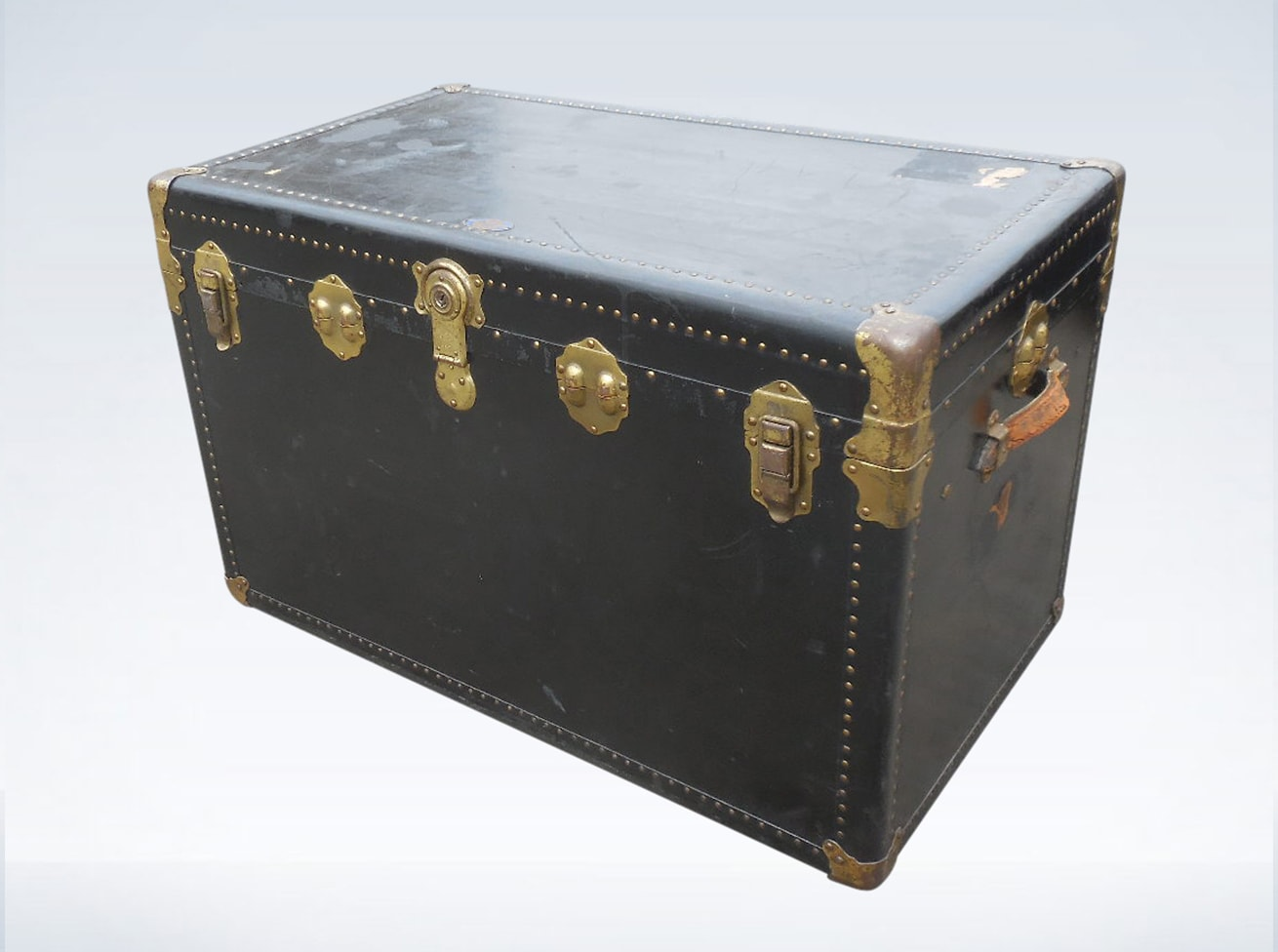 Antique Trunks, Chests & Suitcases