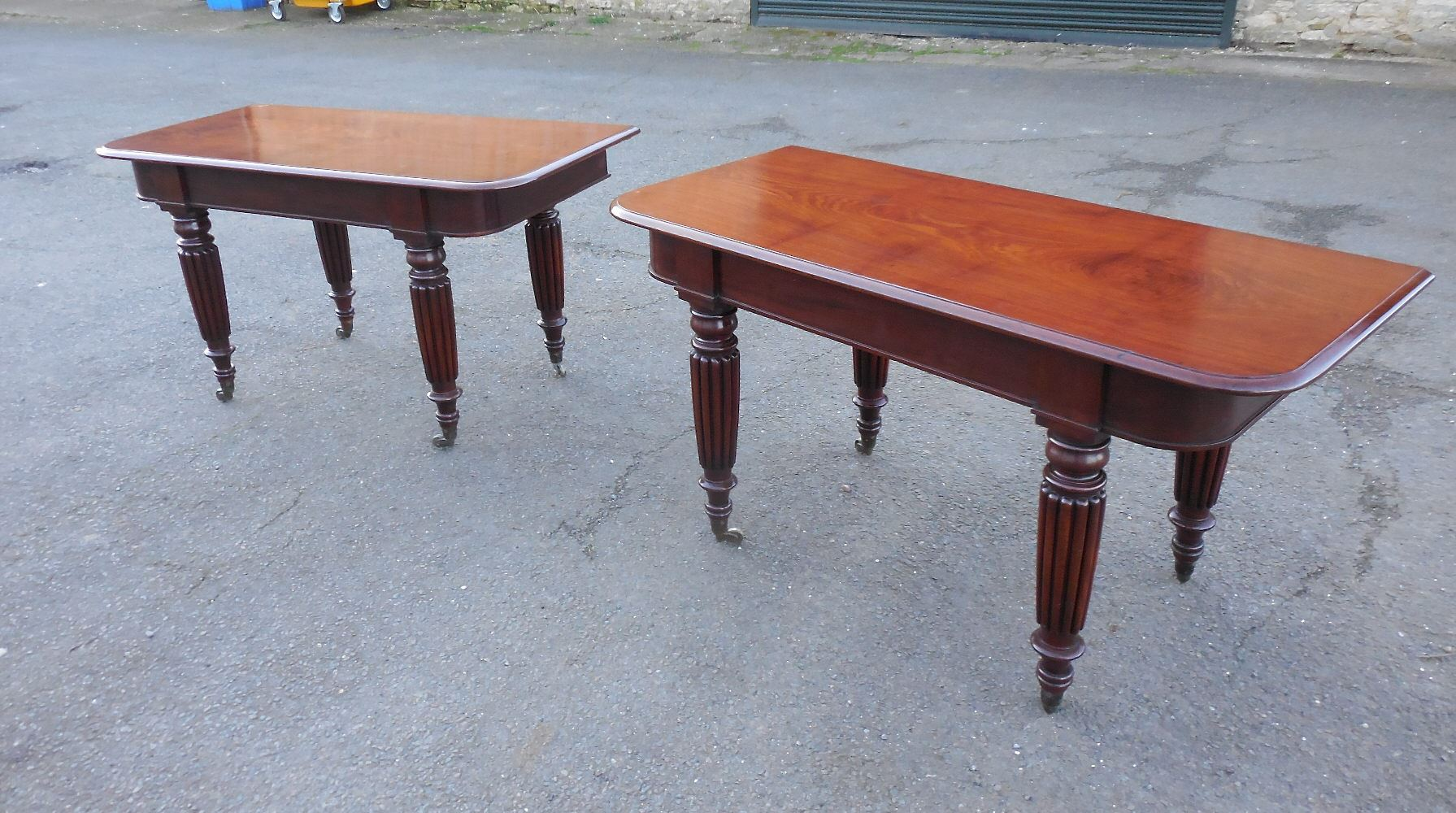 Very Rare Large Original Georgian Extening Mahogany Dining Table Of Gillows Design
