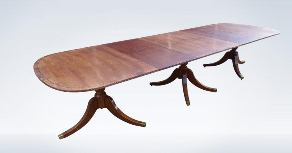 12ft Regency Pedestal Dining Table With Crossbanding