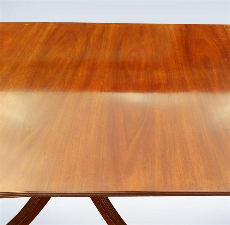 18ft Regency Mahogany Pedestal Dining Table To Seat 20 People