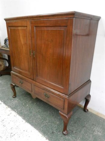 18th Century George II Period Antique Mahogany Linen Press