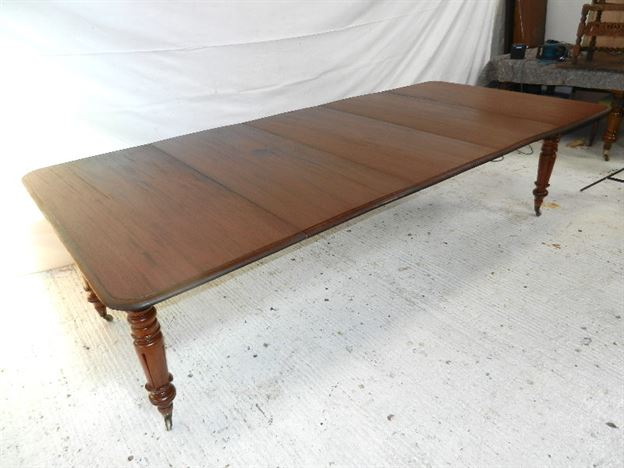 3 Metre Antique Mahogany Dining Table - 10ft William IV Mahogany Extending Table With Fine Inverted Tulip Leg