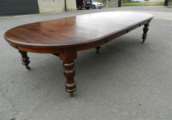 3 Metre Antique Mahogany Table - 11ft Mid Victorian Round End Mahogany Extending Dining Table