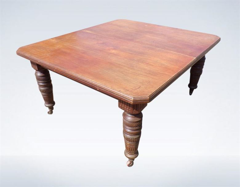 3 Metre Victorian Dining Table Walnut Extending 10ft To Seat 12 People
