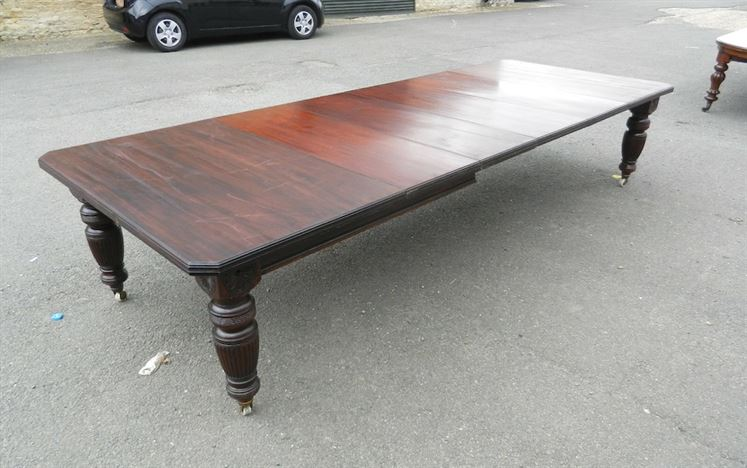 4 Metre Victorian Dining Table - 12ft Late Victorian Maples Design Mahogany Wind Out Dining Table