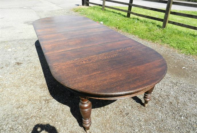 4 Metre Antique Oak Table - 12ft Victorian Oak Extending Wind Out Dining Table With Rounded Ends To Seat 14 People