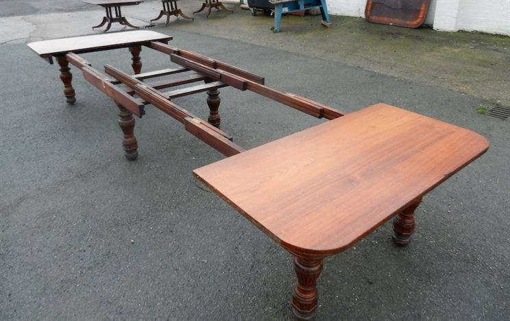 Antique furniture warehouse 5 metre antique walnut table for Dining table to seat 20