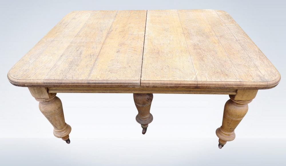 Anitique Oak Dining Tables Uk S Largest Stock Antique Oak Tables At The Antique Furniture Warehouse Near London