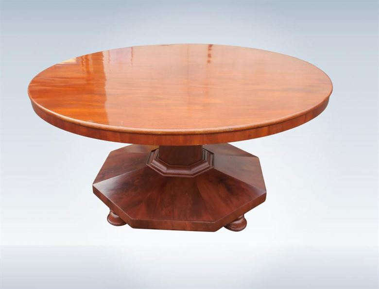 Large Circular Post Regency Mahogany Round Antique Dining