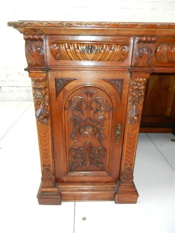 5ft Antique Walnut Estate Desk - Italian Late Victorian Carved Walnut Estate Desk