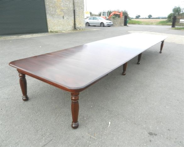 6 Metre Antique Dining Table - 19ft William IV Early 19th Century Extending Mahogany Dining Table