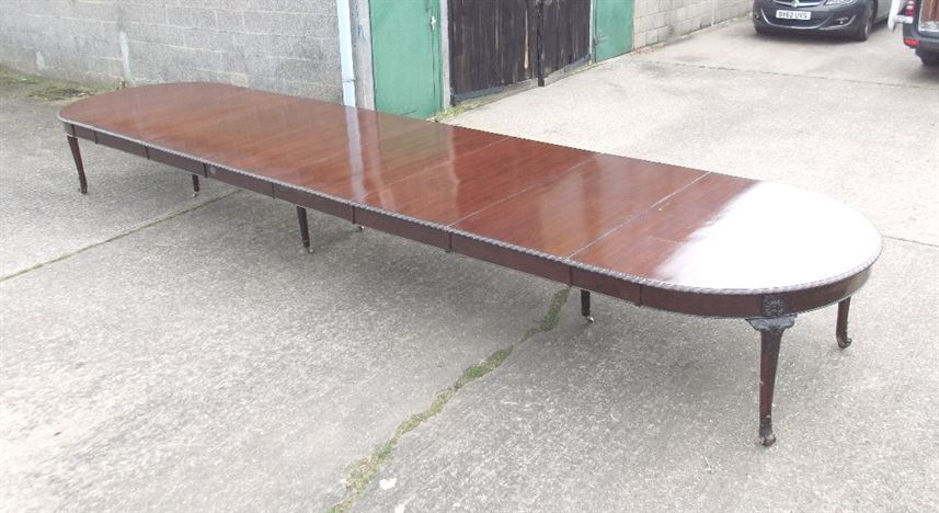 ANTIQUE FURNITURE WAREHOUSE 7 metre Antique Dining Table  : 7 metre antique dining table huge 21 ft victorian mahogany extending dining table to seat up to 24 people 1225 P1 from www.elisabethjamesantiques.co.uk size 1099 x 600 jpeg 140kB