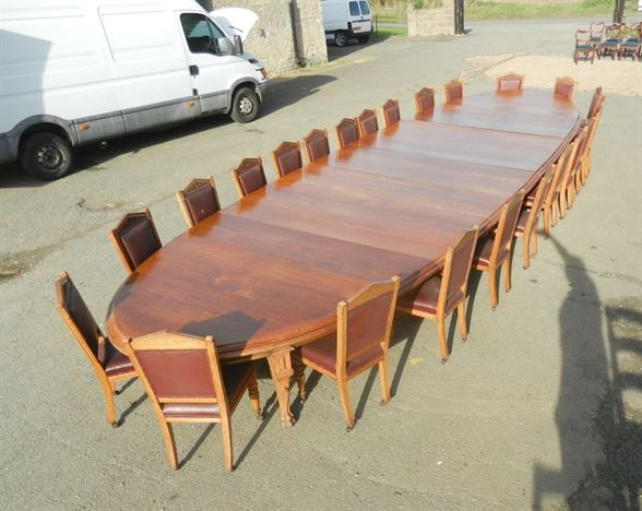 8 Metre Antique Oak Table - 26ft 19th Century Victorian Oval Formed Boardroom Dining Table