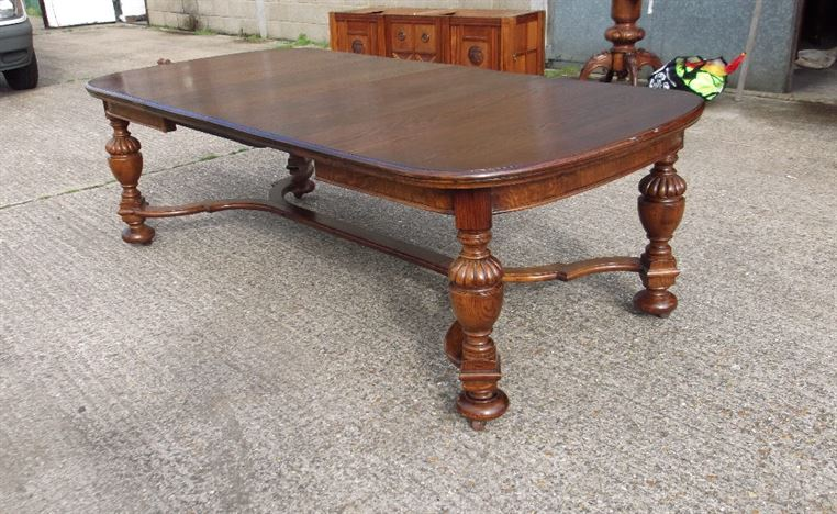 ANTIQUE FURNITURE WAREHOUSE 8ft French Oak Dining Table  : 8ft french oak dining table late victorian oak extending dining table with carolean base to seat 10 people 1137 P3 from www.elisabethjamesantiques.co.uk size 977 x 600 jpeg 176kB
