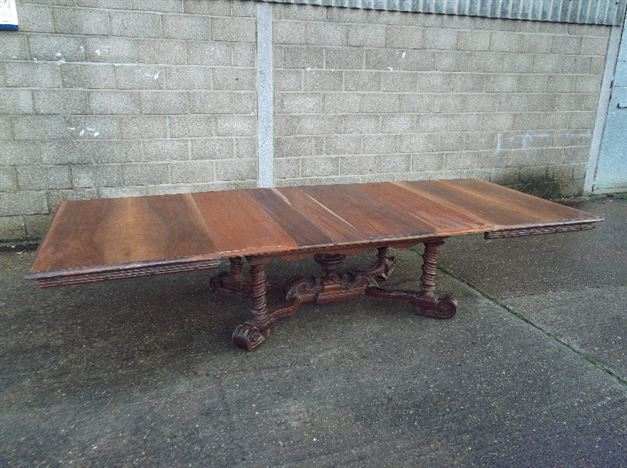 French Extending Pedestal Dining Table - 11ft 19th Century Archetectural Pedestal Base Extending Table To Seat 14 People