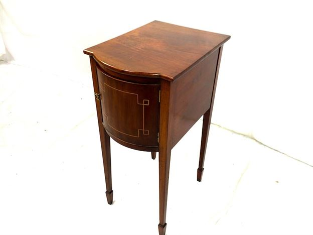 Georgian Bedside Table - Late 18th Century Sheraton Period Bedside Cupboard