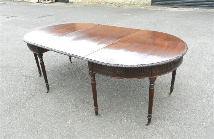 Georgian Oval End Dining Table - 19th Century Adams Influenced Mahogany Dining Table