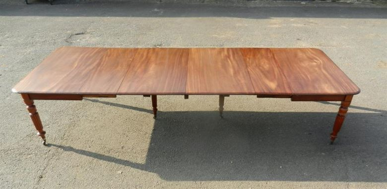 Handsome 4 Metre Late Georgian Regency Period Mahogany Extending Table With Gillows Leg