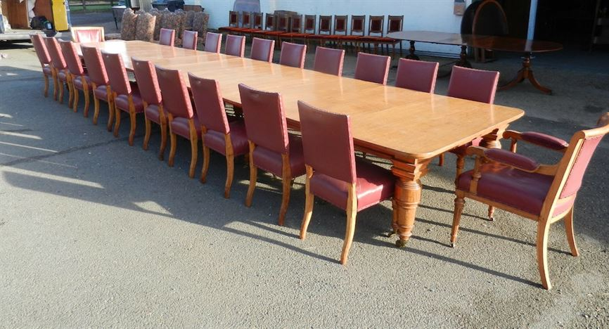 table Huge Antique Victorian for  length Late Oak Dining table Table Century 6ft 22ft runner 19th