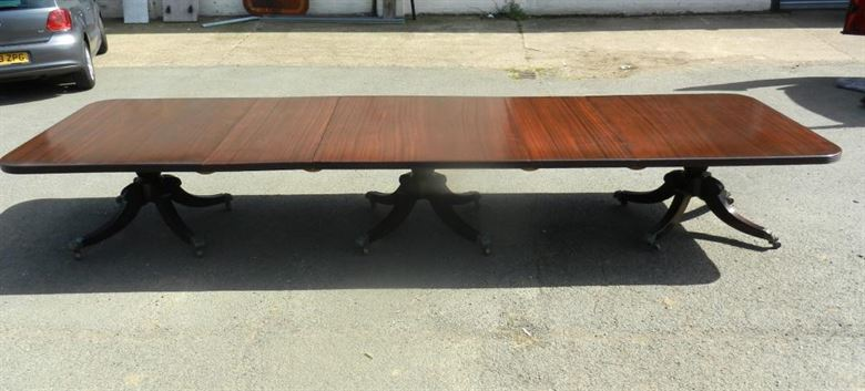 Hugely Impressive 16ft Long Solid Mahogany Vintage Regency Triple Pedestal Dining Table