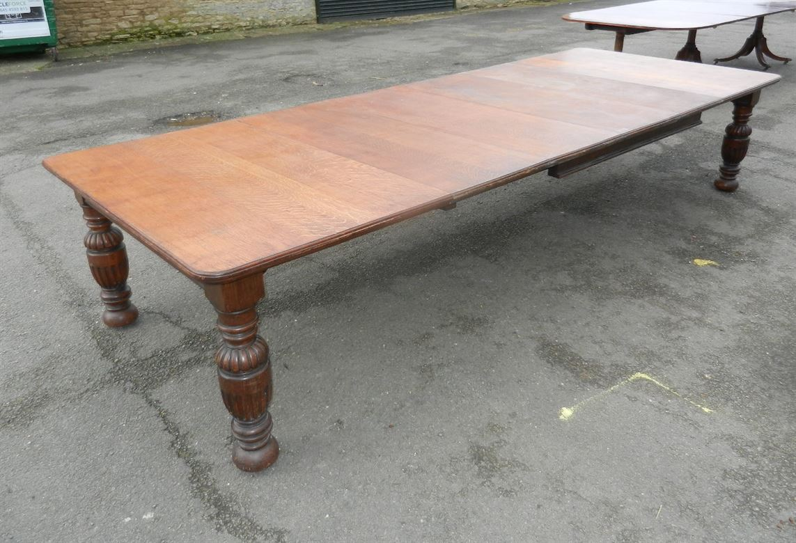 4 metre antique oak arts crafts extending dining table for Best quality dining tables