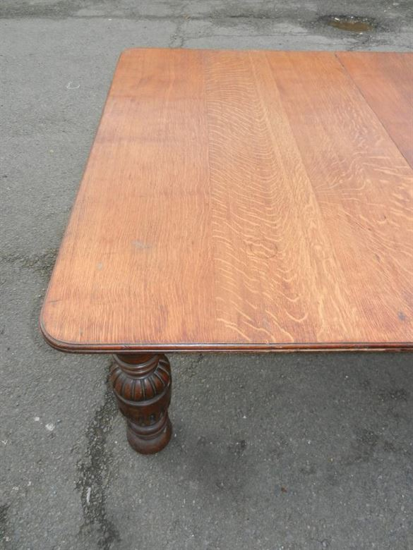 Impressive Top Quality 12ft  Late 19th Century Victorian Oak Antique Extending Dining Table