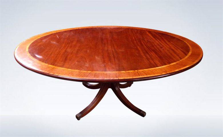Large 8 Seater Antique Round Regency Design Mahogany Pedestal Dining Table