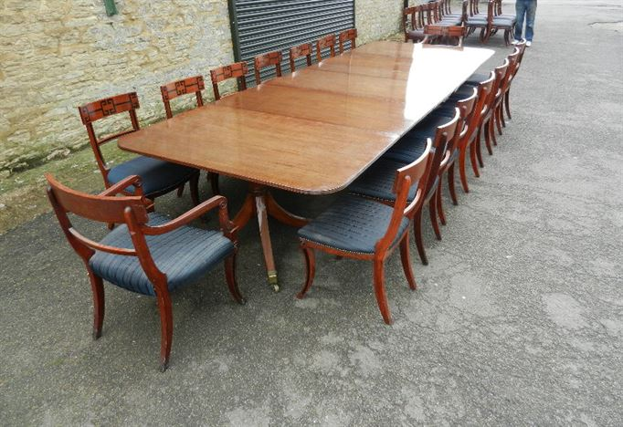 Large Original Georgian Pedestal Table - 13.5ft Georgian Period Mahogany Triple Pedestal Dining Table To Seat 16 To 18 People