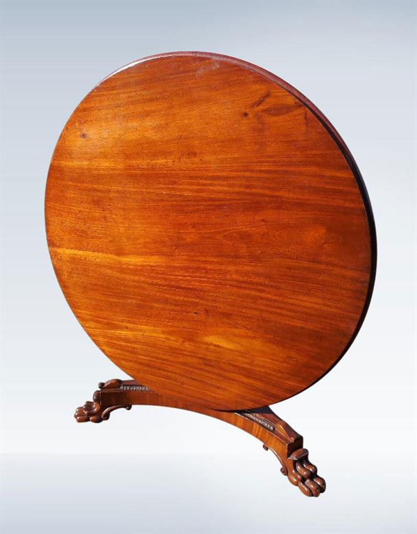 Large Regency Period Round Mahogany Breakfast Dining Table
