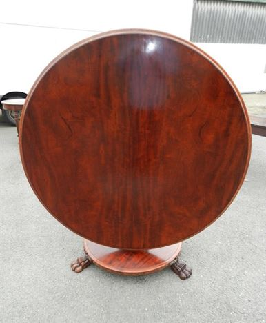 Large Round Antique  Regency Dining Table - Late Regency Mahogany Centre Breakfast Table