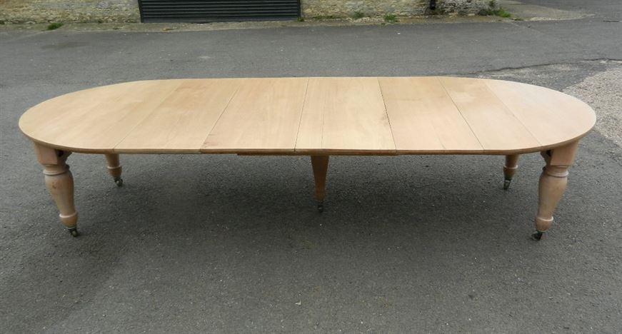 Large Victorian Farmhouse Table   19th Century Bleached Walnut Extending  Dining Table