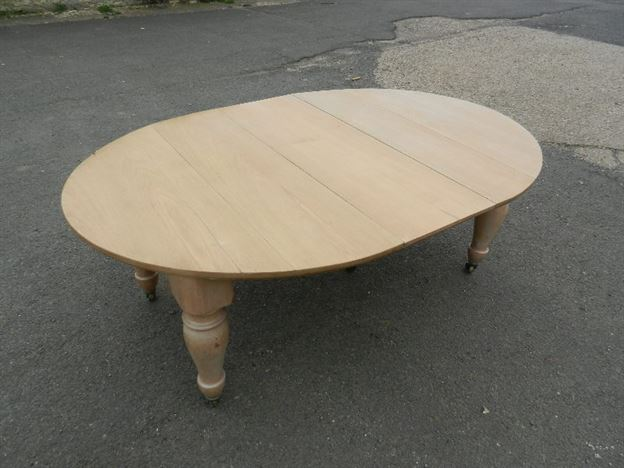 Large Victorian Farmhouse Table - 19th Century Bleached Walnut Extending Dining Table