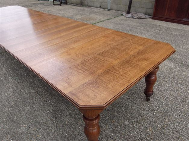 Large Victorian Oak Dining Table - 17ft Late 19th Century Oak Extending Dining Table By Maples & Co Of London