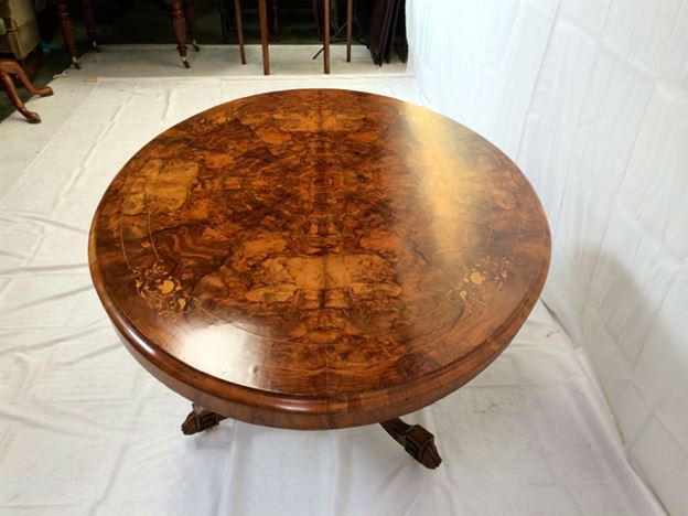 Large Walnut Oval Dining Table - Mid Victorian Burr Walnut And Inlaid Oval Loo Table Seat 6 People & ANTIQUE WALNUT TABLES UK - ANTIQUE WALNUT DINING TABLES - Walnut ...