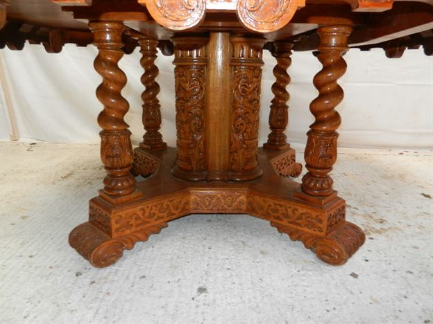 Large Antique Oak 6ft Round Dining Table - 19th Century Arts Crafts Exhibition Oak Dining Table To Seat 8 To 10 People