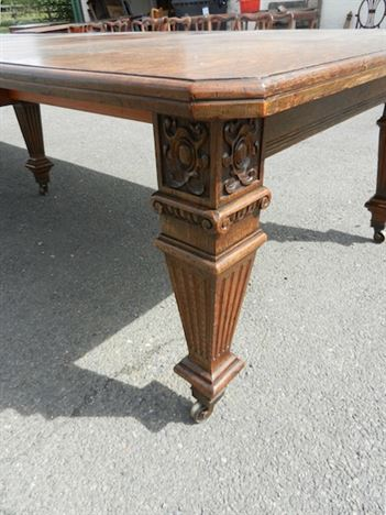Large Antique Oak Table - 12ft Late Victorian Arts & Crafts Oak Extending Dining Table
