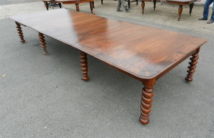 Large Antique Walnut Dining Table - Late Victorian 14ft Walnut Dining Table To Seat Up To 18 People Comfortably