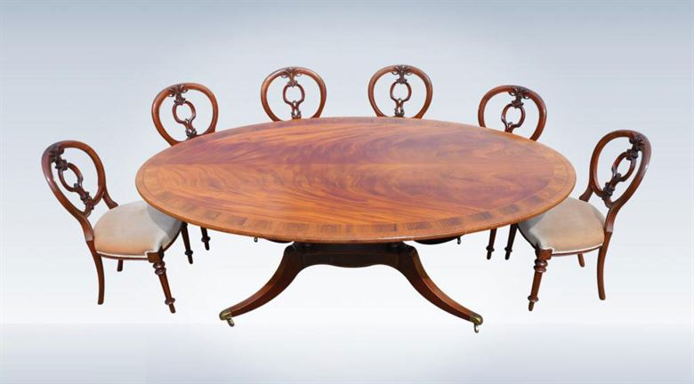 Regency Revival Antique Oval Formed Ding Table To Seat Ten People