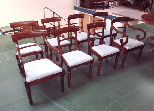 Set 8 Original Georgian Dining Chairs - Eight Georgian Mahogany Bar Back Dining Chairs With Carvers