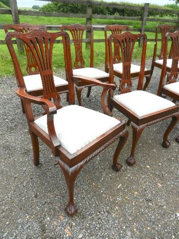 Set Eight Antique Oak Chairs - Set 8 Chippendale Style Oak Dining Chairs With Carvers