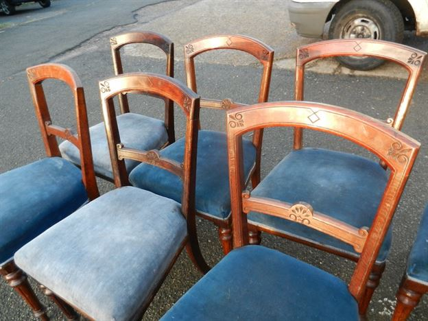 Set Of Twelve Late 19th Century Victorian Arts & Crafts Oak Framed Antique Dining Chairs
