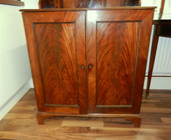 Small Regency Waterfall Bookcase - Regency Period Cabinet With Waterfall Bookcase Rising Back