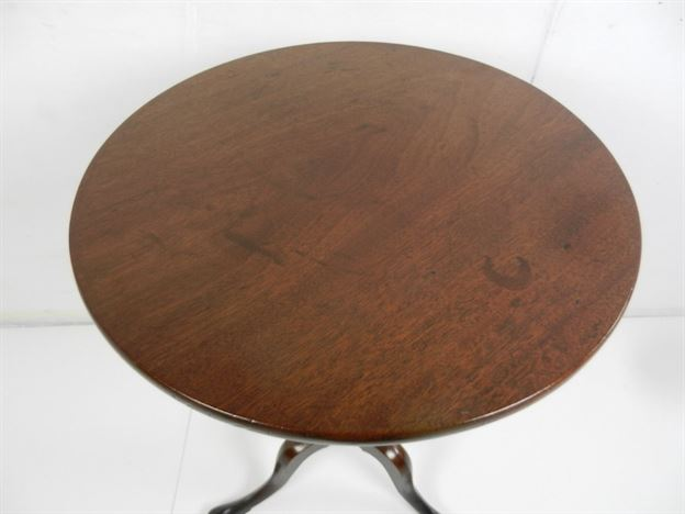 Super Example Of Late Chippendale Period George III Mahogany Wine Table