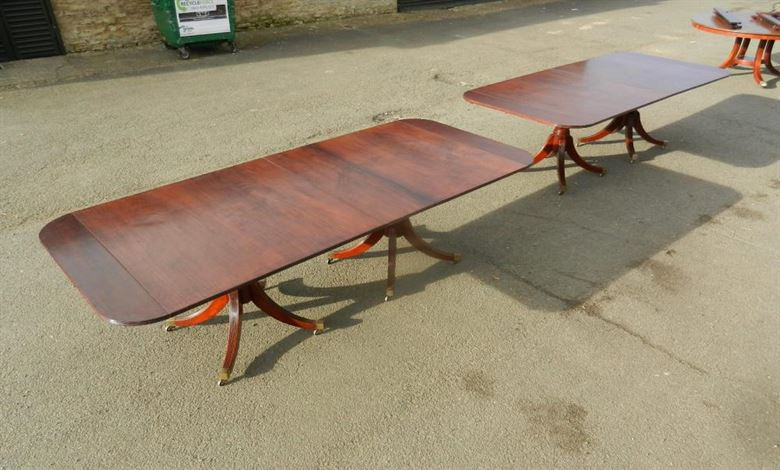Very Impressive Large And Versatile Solid Mahogany Regency Revival Quadruple Pedestal Antique Dining Table