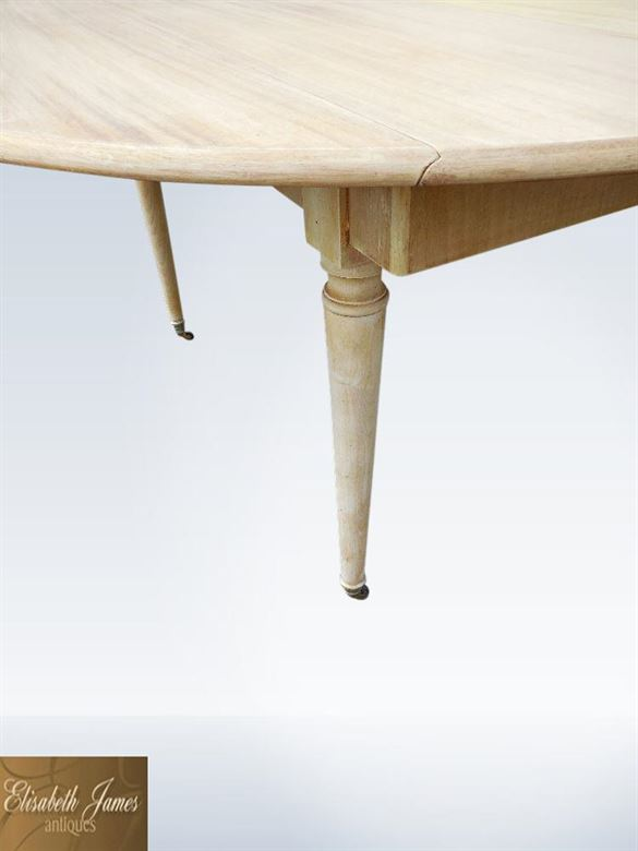 Antique Farmhouse Table Extending To 15ft Length  To Seat Up To 20 People