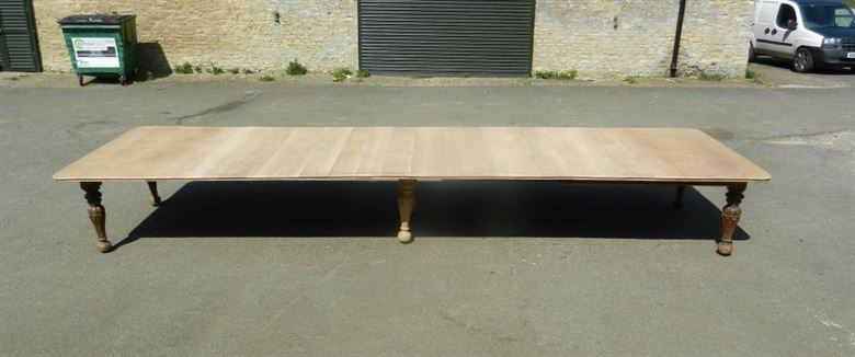 Antique Victorian Oak Dining Table Of Hugely Impressive Proportion At Nearly 6 Metres Long 18ft Length