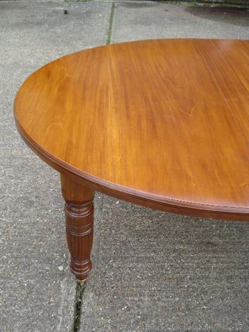 Brilliant  End Late Victorian Mahogany Extending Dining Table To Seat 10 People 450 x 600 · 71 kB · jpeg