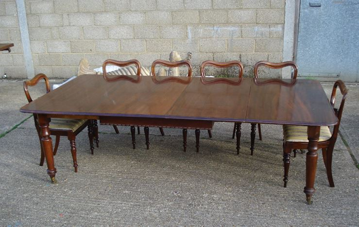 Dining tables to seat 10 mahogany extending dining table for 10 person dining table for sale