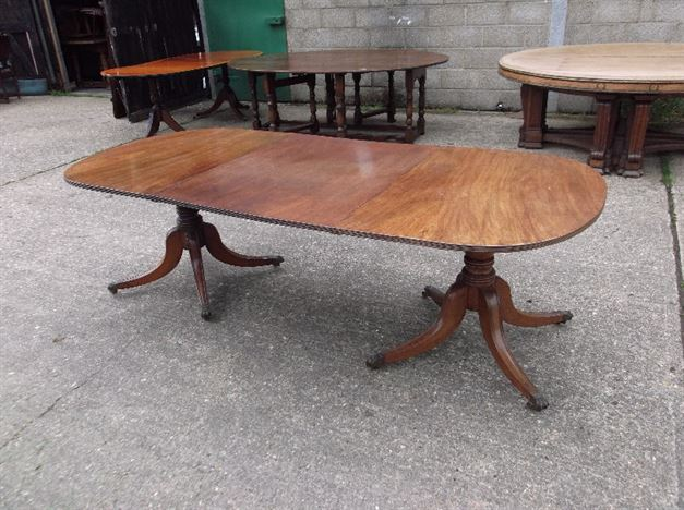 Antique mahogany 10 seater dining table quotes for 10 people table