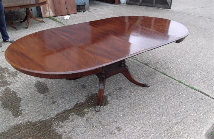 ANTIQUE FURNITURE WAREHOUSE Antique Regency Round Extending Table 19th Ce